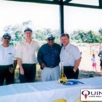 Dr. Flávio Araújo Pimentel, da Embrapa Acre, Dr. Olinto Rocha, da Embrapa do Pará e Sr José Azambuja, da QUINARÍ, importantes colaboradores do Projeto da Pimenta Longa, no Acre (1997).