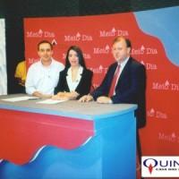 À esquerda, Sr Judson Valentim, chefe geral da EMBRAPA, e à direita Sr José Azambuja, da QUINARÍ, ambos convidados para falar sobre o Projeto da Pimenta Longa em um canal da TV aberta do Estado do Acre (1997).